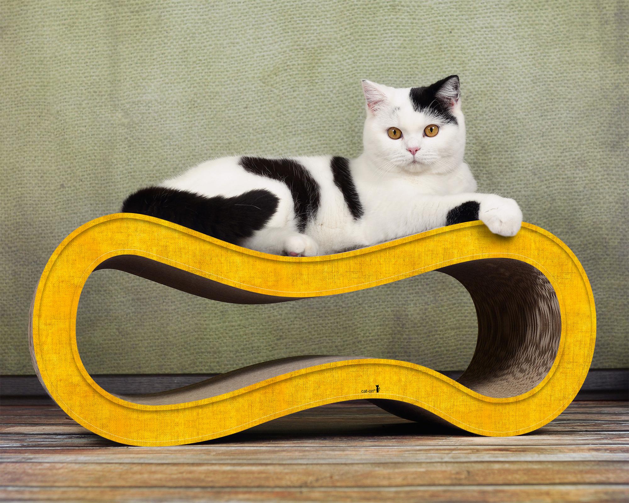 Kratzmöbel für Katzen aus Wellpappe